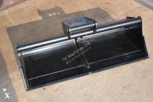Godet terrassement TKmachines 140 cm Grabenräumlöffel Baggerlöffel für Minibagger 3,0 - 6,5 Tonnen, Schaufeln