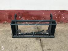 équipements TP Claas Scorpion Adapter passend zu diversen Aufnahm