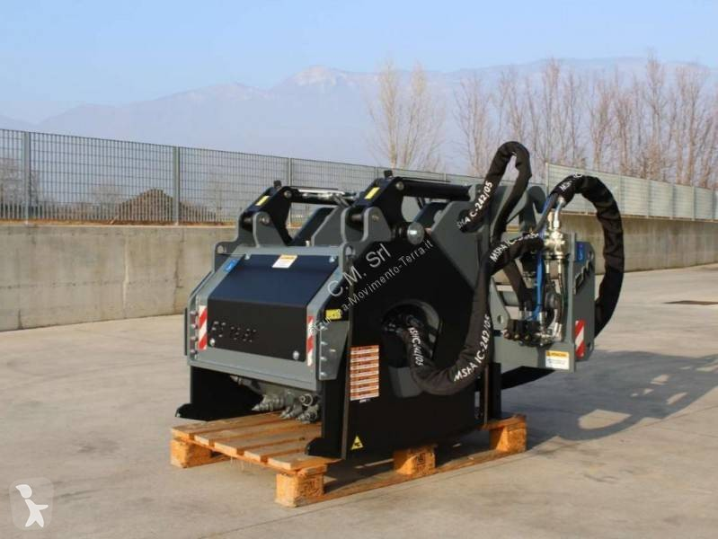 Vedeţi fotografiile Echipamente pentru construcţii CM FS 75.23
