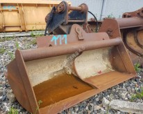 Miller used tiltable ditch cleaning bucket