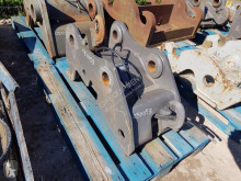 Volvo EW160e/EW170e new hitch and couplers