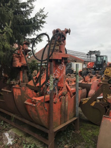 Atlas alle soorten partij grond grijpers. Multiple hydraulic buckets. zwei Skalengreifer used grapple