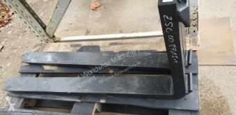 Equipamientos maquinaria OP Hitachi Gabelzinken 1100mm, passend zu ISO2A Horquilla para palets usado
