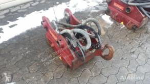 Vybavenie stavebného stroja Oilquick Attache rapide OQ65 pour excavateur uchytenia a spojky ojazdený