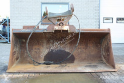 Tilting bucket NGT-4-2400 godet occasion