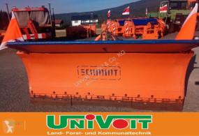 Vybavenie stavebného stroja radlica snehová radlica Schmidt CP 2 / 3 Unimog MB trac
