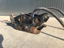 Vybavenie stavebného stroja Oilquick OQ80 uchytenia a spojky ojazdený