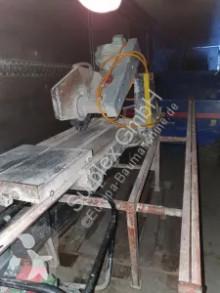 تجهيزات الأشغال العمومية SUPER CIE Stone saw تجهيزات آلات التخريم والتثقيب والتقطيع مستعمل
