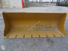 Equipamientos maquinaria OP Caterpillar 428 D retropala usado
