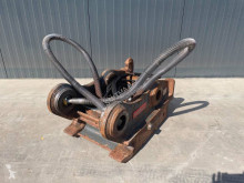 Oilquick OQ80 used hitch and couplers