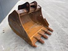 تجهيزات الأشغال العمومية Komatsu PW160 قادوس مستعمل