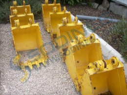 土方铲斗 现代 R28-7 - 450MM