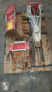 Equipamentos de obras Takeuchi martelo hidráulico usado