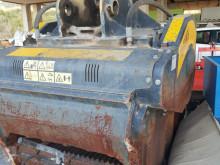 Vedeţi fotografiile Echipamente pentru construcţii MB Crusher BF120.4