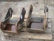 Vedeţi fotografiile Echipamente pentru construcţii Hitachi Attache rapide Nado MECH. SK15/6M pour excavateur   ZX180-ZX225